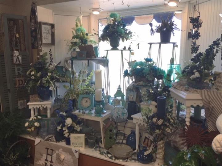 West And Witherspoon Florist/Gift Shop - Florists - Hopkinsville, KY - Thumb 38